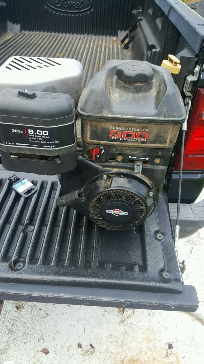900 Briggs-Stratton Engine MTD Tapered Intek Chipper