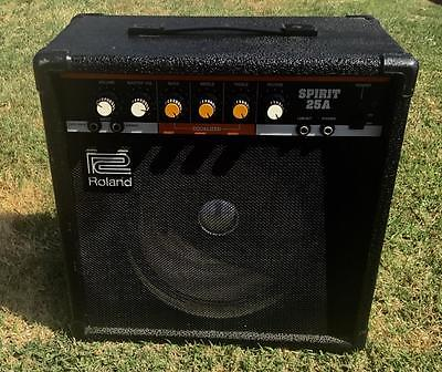 ROLAND SPIRIT 25A SOLID STATE COMBO GUITAR AMPLIFIER!