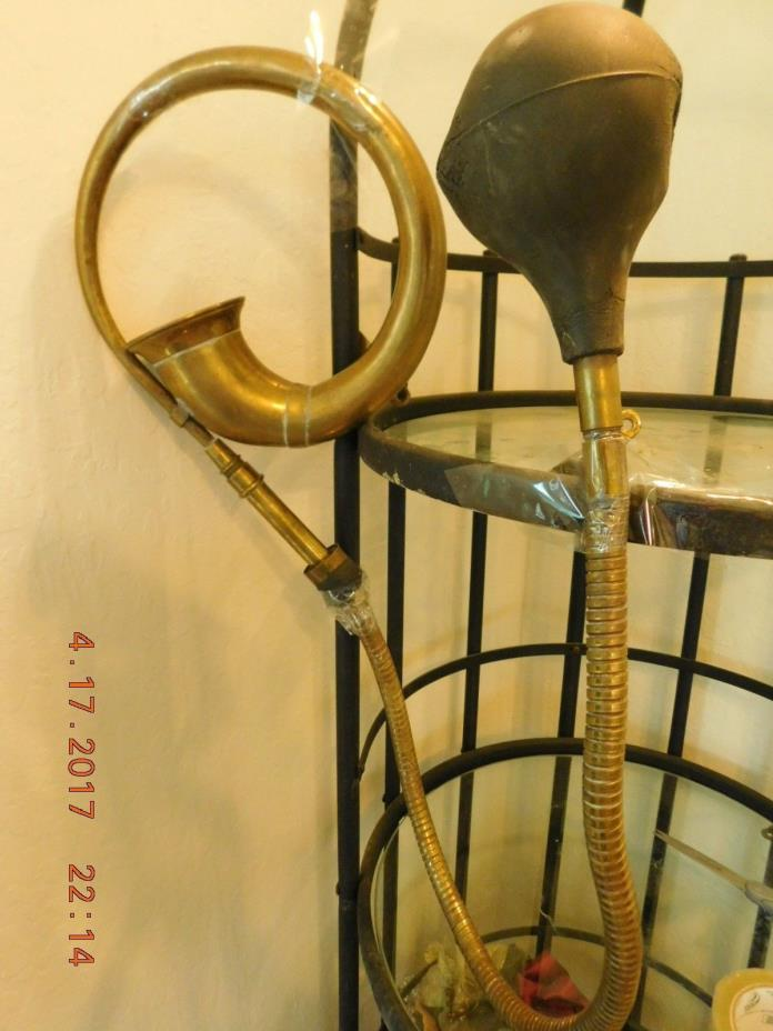 Vintage Air Horn 105