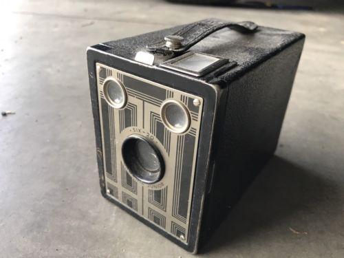 Brownie Junior Six-20 Vintage Box Camera 1920s Art Deco Old School Black