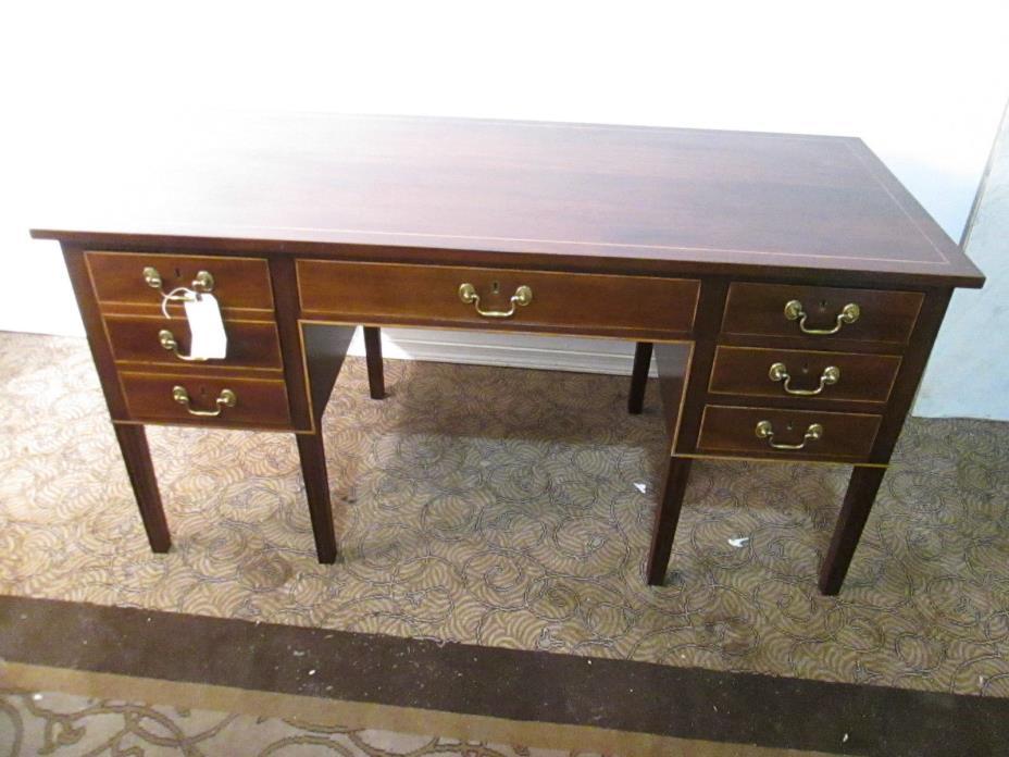 00001 STICKLEY Senate Secretary's desk Inlaid Mahogany Executive Desk