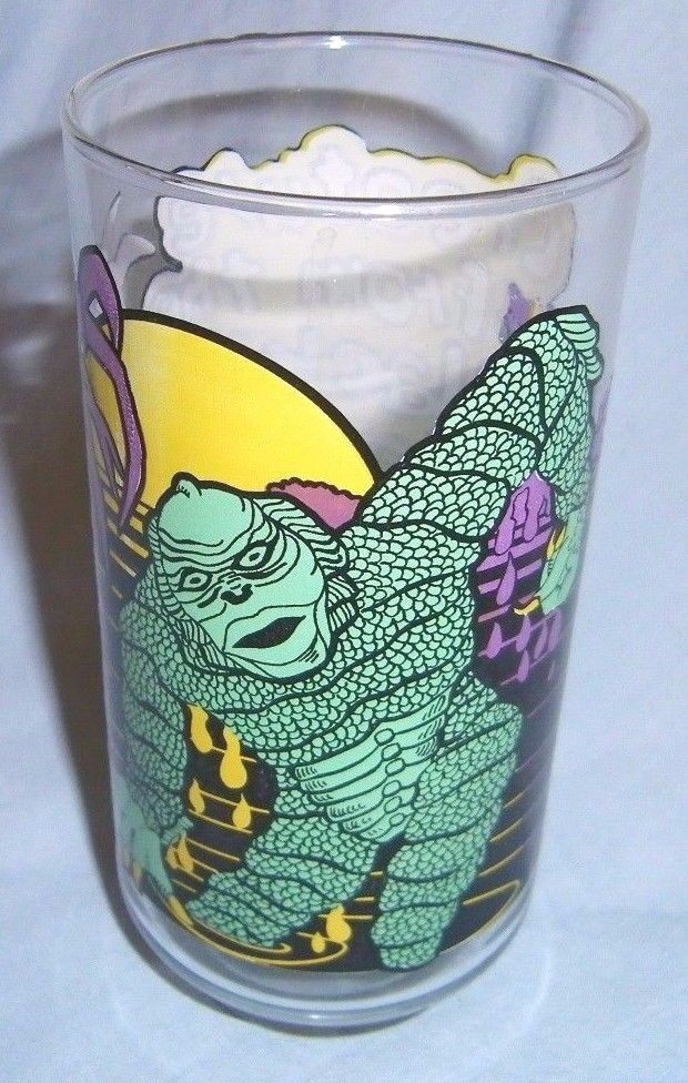 *SUPER RARE* Vintage 1980 Creature of the Black Lagoon UNIVERSAL STUDIOS Glass
