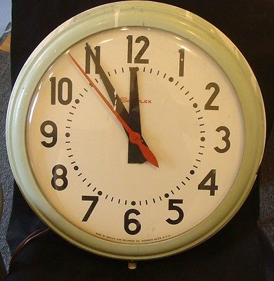 Working Simplex Wall Clock 19