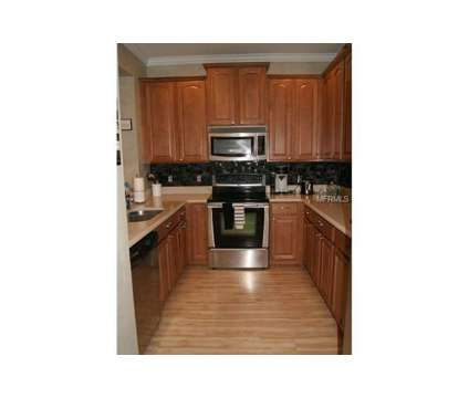 Room available in Lake Mary/Sanford Area in 3 bedroom townhouse