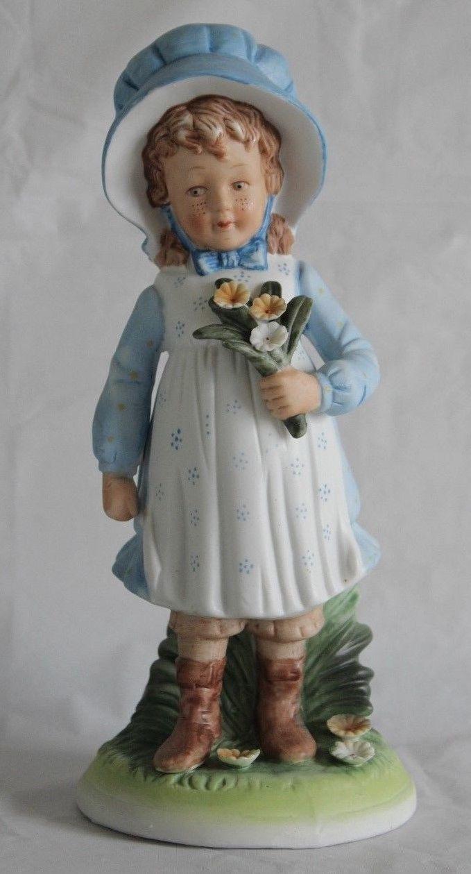 Vintage 1973 Holly Hobbie Figurine Blue Bonnet Girl-Large-retires