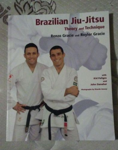 GRACIE Brazilian Jiu-Jitsu Theory and Technique 9781931229081 JuJitsu Renzo Judo
