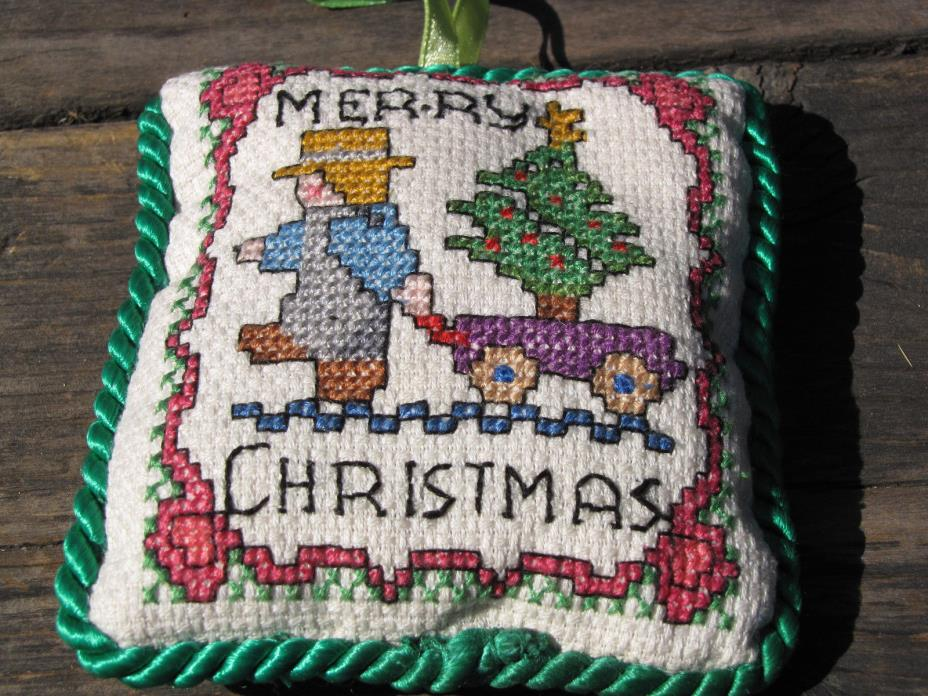 Cross Stitch Ornament Merry Christmas Man Christmas Tree Wagon (defect)