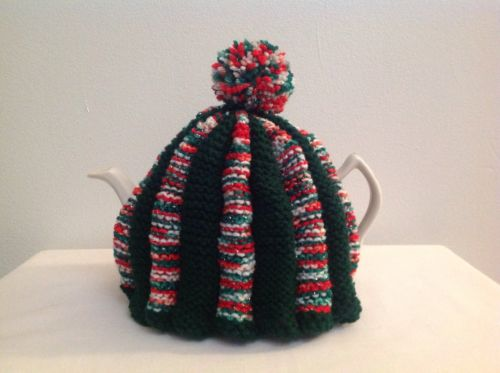 Tea Cozie Green, Red & White, For A 6 Cup Teapot