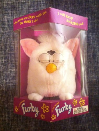 ORIGINAL WHITE with PINK EARS Furby Tiger Electronics 70-800 in box MIB 1st GEN