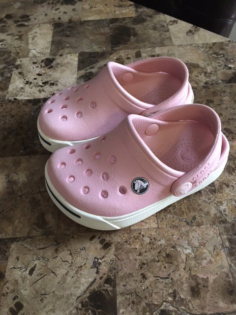 Light Pink Toddler Girls Crocs,, Size 4 5 ,, Execellent Condition