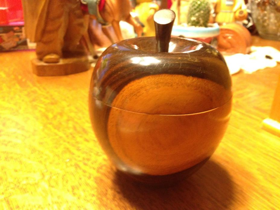 Vintage Carved Wooden Apple Trinket/Snuff Box