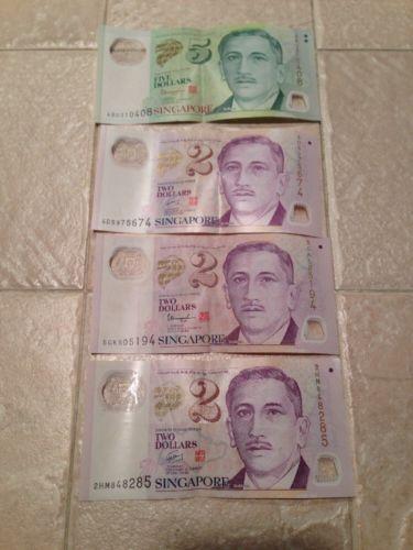 SINGAPORE Banknote Lot (1) 5 Dollars (3) 2 Dollars Bank Note
