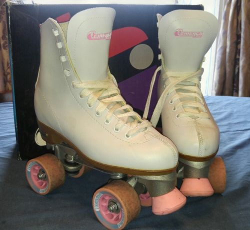 Womens Chicago Indoor Rink Roller Skates Size 7 White Pink Style crs400 in box