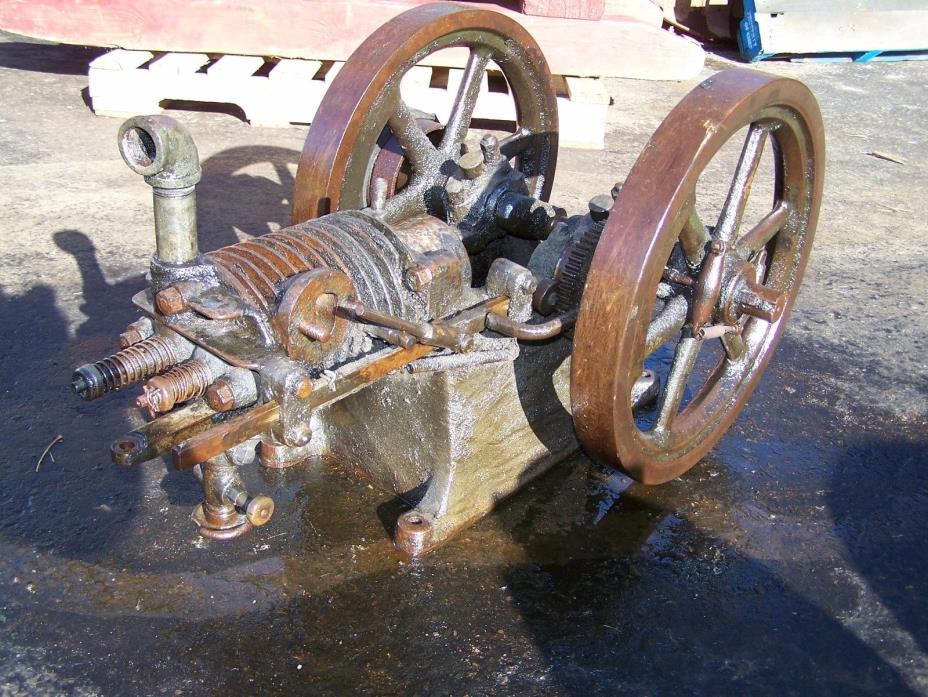 Old ASSOCIATED Air Cooled Hit Miss Gas Engine Project Parts WONDER Steam Oiler
