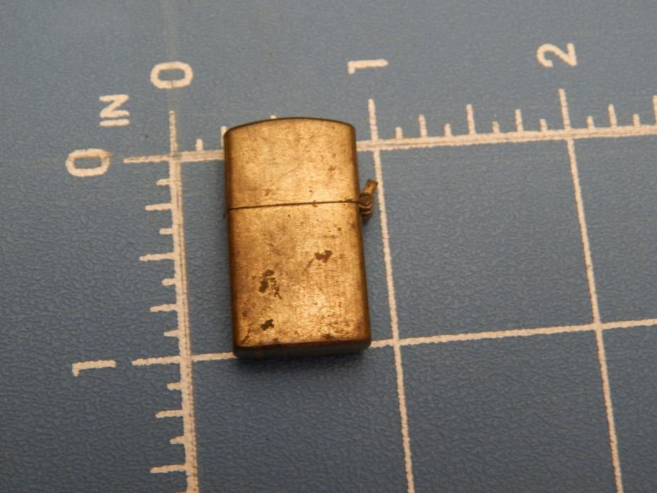 Vintage Gumball Machine Lighter Pendant, 1 Inch Tall Gold Tone Blemished Unused
