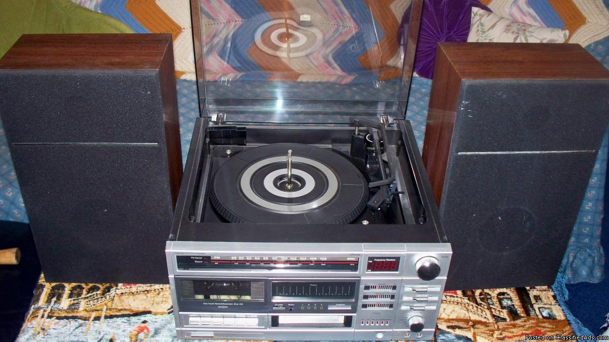 Vtg JCPenney Stereo Radio-8Trk-Cassette-RecPlayer,Spkr (Free 8 Tracks)