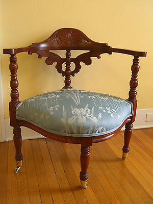 Antique/Vintage Boot Chair with Turned Posts & ornate finial on brass casters