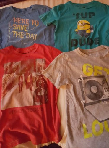 LOT boys four tshirts 6 Gap Kids Nordstrom Star Wars Minions