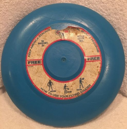 Vintage Quaker Oats Flying Saucer Frisbee Toy Disc USA 9
