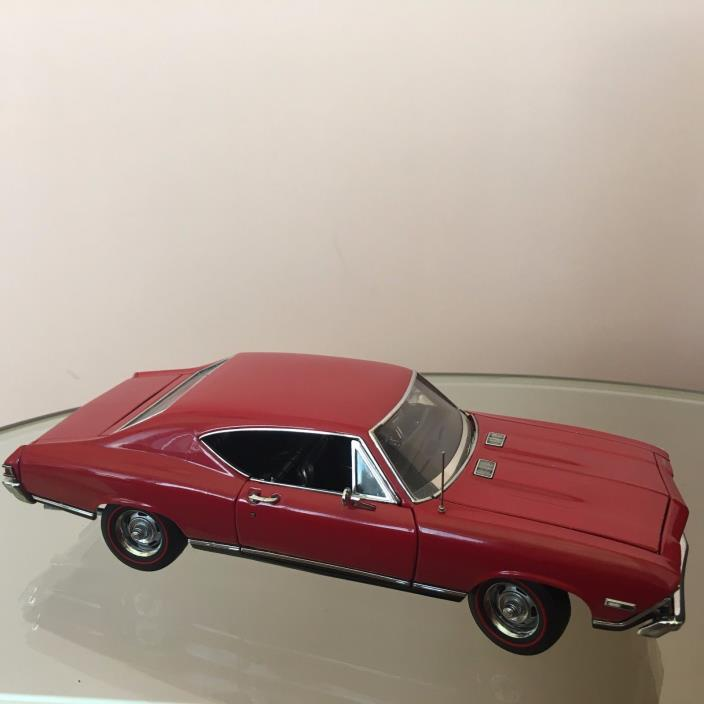 Danbury Mint 1/24 scale DieCast Car 1968 Chevrolet Chevelle SS-396 Coupe Red
