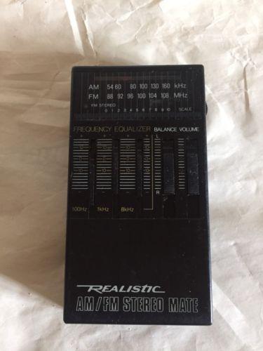 Vintage Realistic 12-136a Portable Radio  -(ds5/