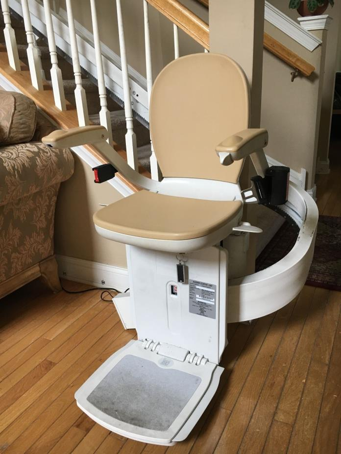 ACORN Curve 180 Used Stair Lift Turns Around the Steps