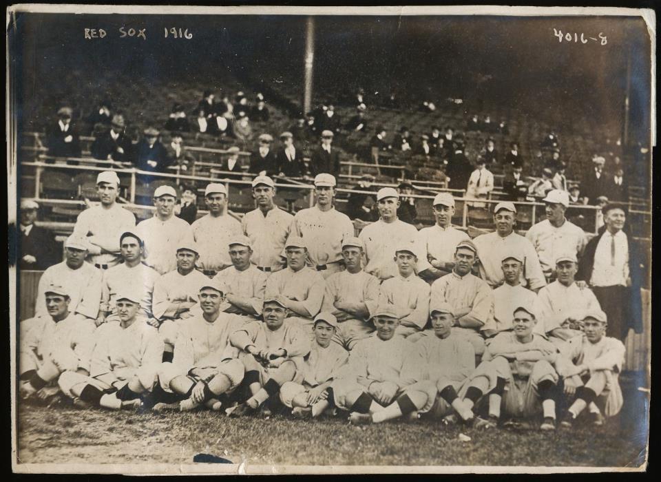 1916 Boston Red Sox Team Babe Ruth Original News Photograph by Bain, PSA/DNA