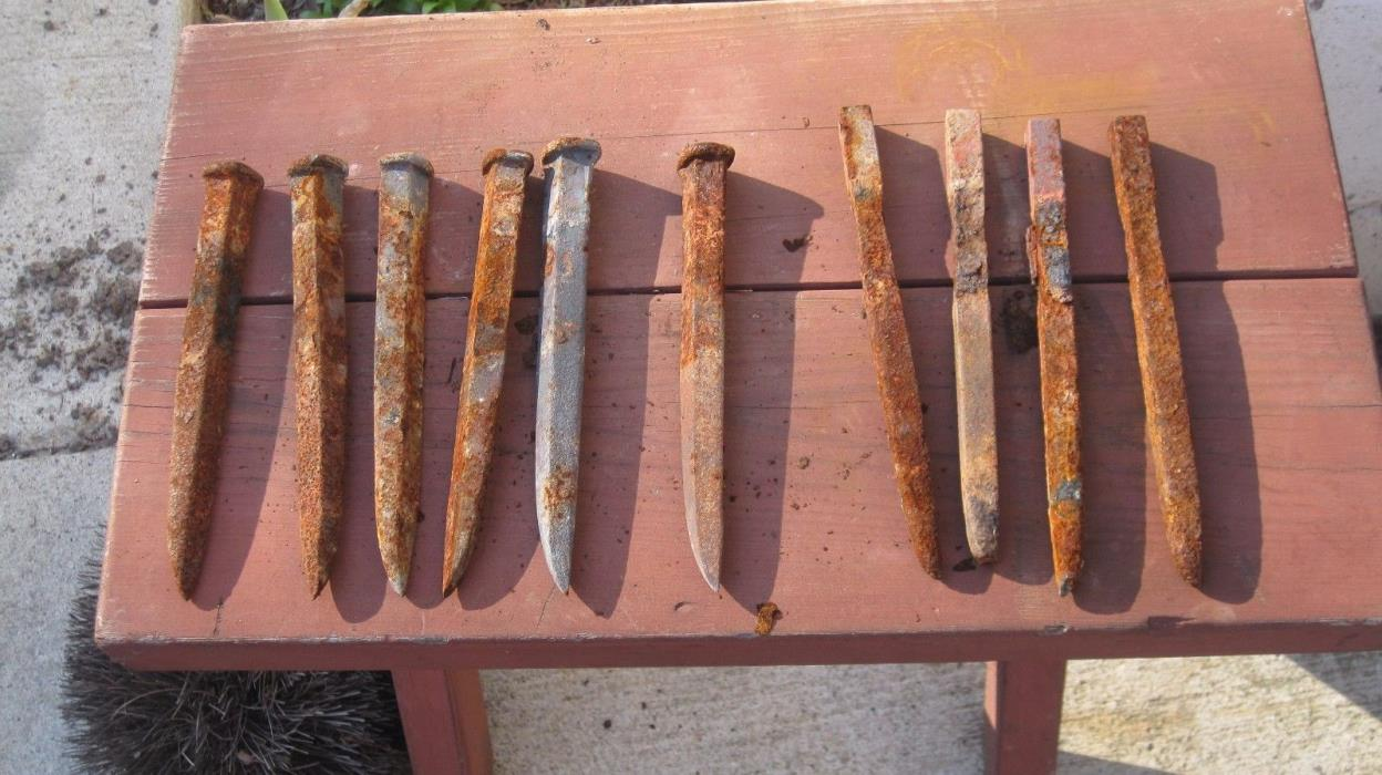 "LOT OF 10 - 7"" large rusty spikes  NAILS old vintage iron Crucifixion hooks"