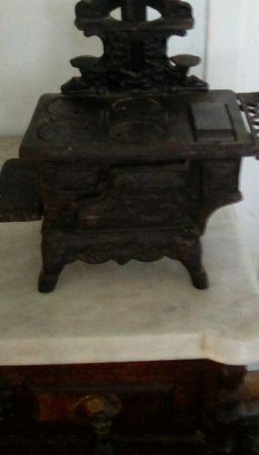 CAST IRON stove toy vintage
