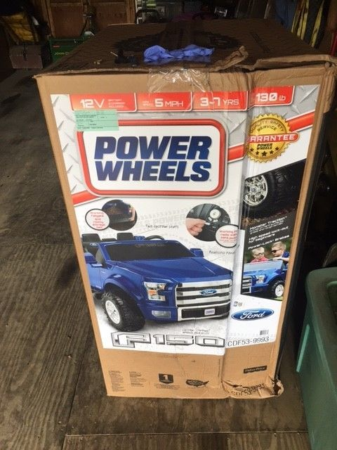 Fisher-Price Power Wheels Ford F-150 12-Volt Battery Powered Ride-On NEW