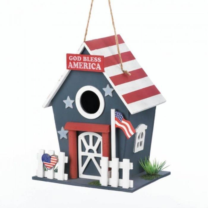 Patricotic wooden birdhouse red, white & blue by Songbird Valley