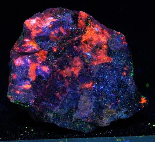 Fluorescent specimen Franklin NJ Margarosanite Axinite Prehnite Xonotlite Calcit