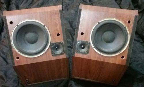 Vintage BOSE 2.2 Bookshelf Speakers MAIN Left & Right  Impedance 8 ohm