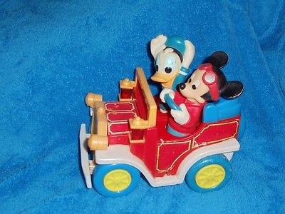 Mickey Mouse & Donald Duck In Toy Car