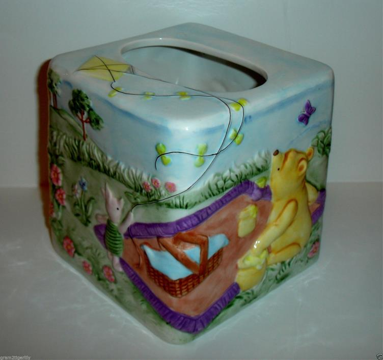 DISNEY Pooh & Friends Ceramic Tissue Box Cover Hand Painted Raised Relief NEW!