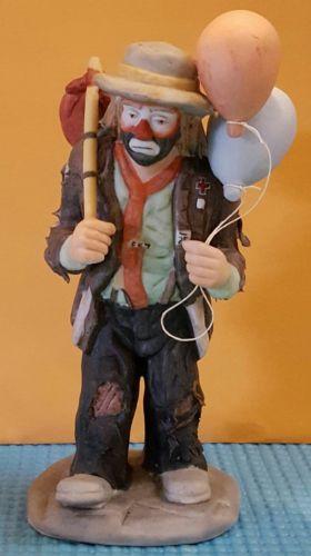 Emmett kelly jr clown figurine