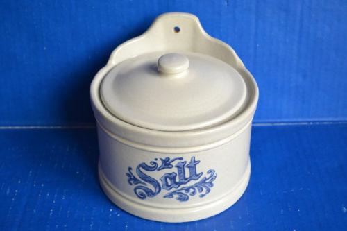 Pfaltzgraff Blue Yorktowne SALT BOX Cellar With LID 560Y