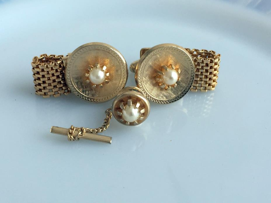 Vintage Cufflinks Gold Tone Mesh With prong set faux Pearls Tie Tack SET