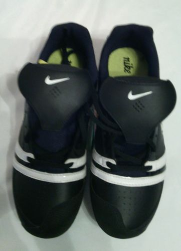 Nike Fast pitch Cleats Size 6.5  NEW