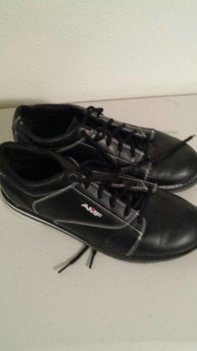 AMF men's black bowling shoes size 10.5