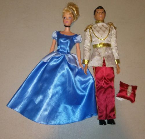 VINTAGE DISNEY CINDERELLA AND PRINCE CHARMING DOLLS