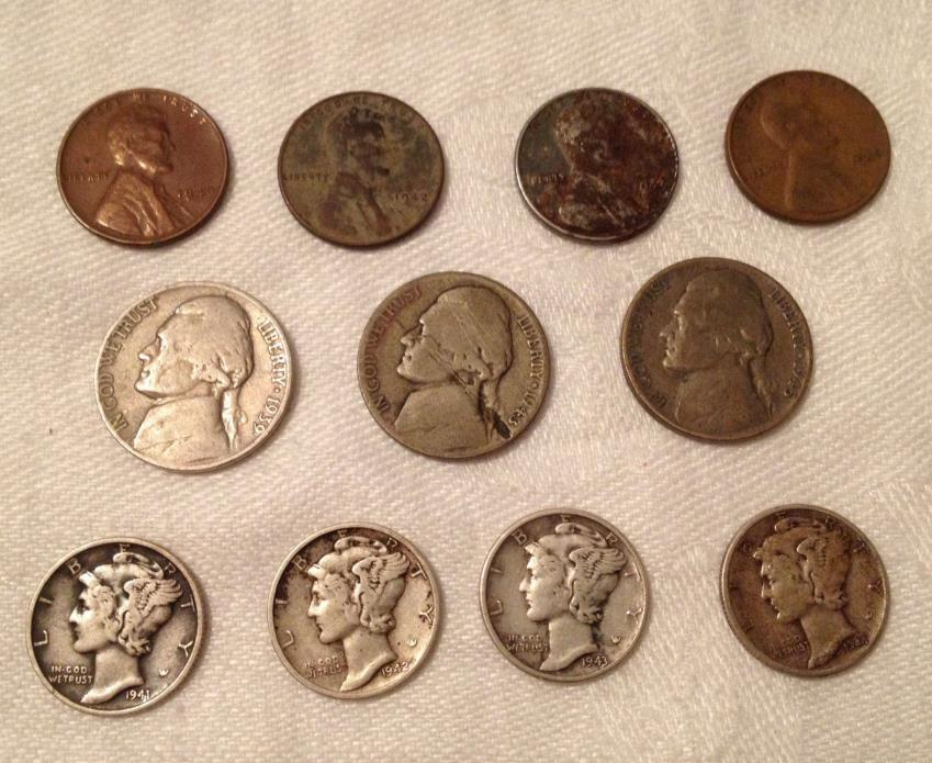 Lot of 11 US Lincoln Pennies, Jefferson Nickels, Mercury Dimes