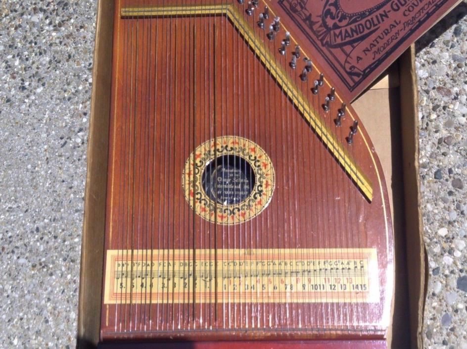 Equipment further Guitar Oscar Schmidt in addition  on oscar schmidt autoharp 1980