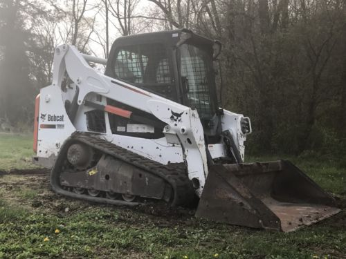 2013 Bobcat t590 Track Skidsteer, Loaded Deluxe Cab, SJC Controls, Keyless
