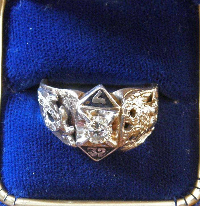 10k Gold And Diamond 32 Degree Mason's Masonic Ring 0.5 ct  Size 11 ~ 12 Grams