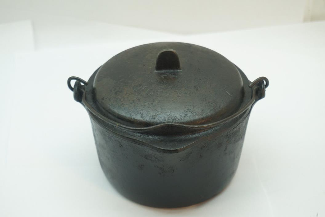 cast iron pots and pans for sale classifieds. Black Bedroom Furniture Sets. Home Design Ideas