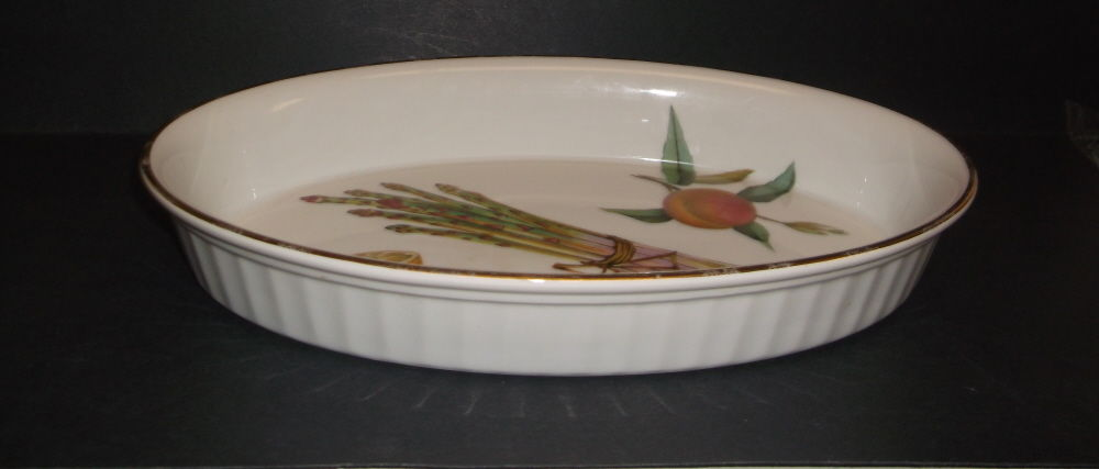 Vintage 1961 Royal Worcester Evesham Casserole/Serving Dish (Oven to Table Ware)