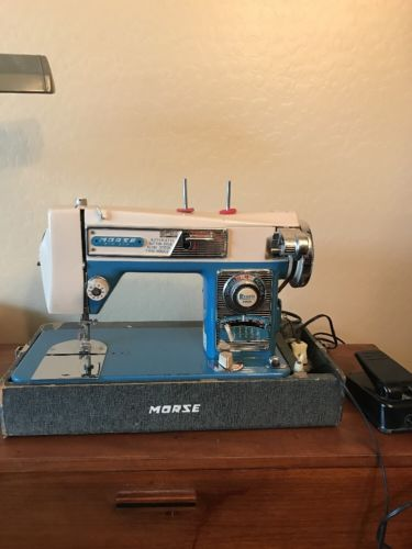 VIntage Morse-4300 Fotomatic II Zig Zag~Buttonhole Heavy Duty Sewing Machine