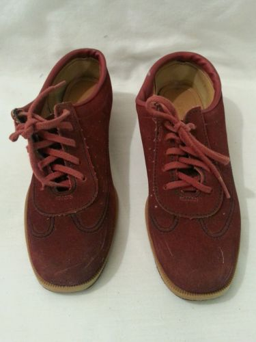 Brunswick Red Suede Womens Bowling Shoes Size 6.5