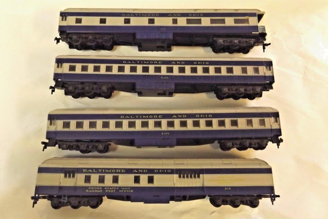 Train Car Lot of 4 - Passenger / Mail Cars - Baltimore and Ohio -  9 3/4
